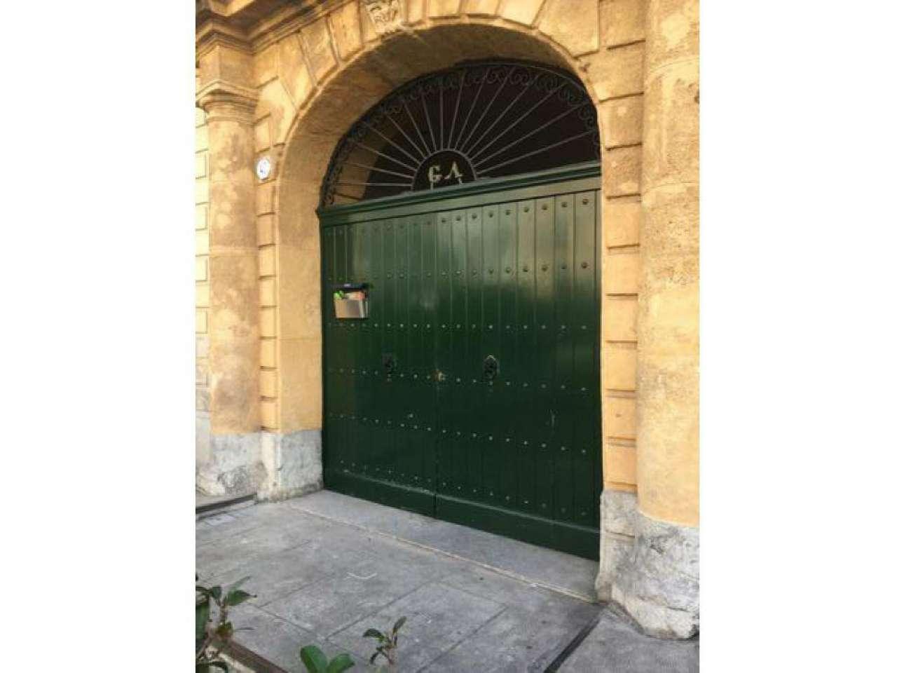 Appartamento in affitto a Palermo, 5 locali, prezzo € 800 | Cambio Casa.it