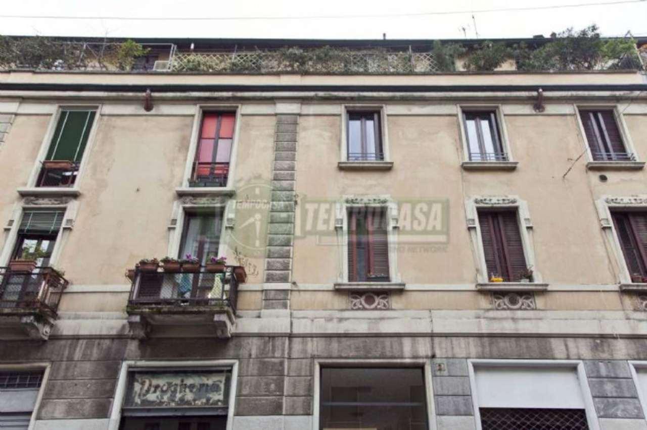 Bilocale Milano Via Jacopo Dal Verme 13