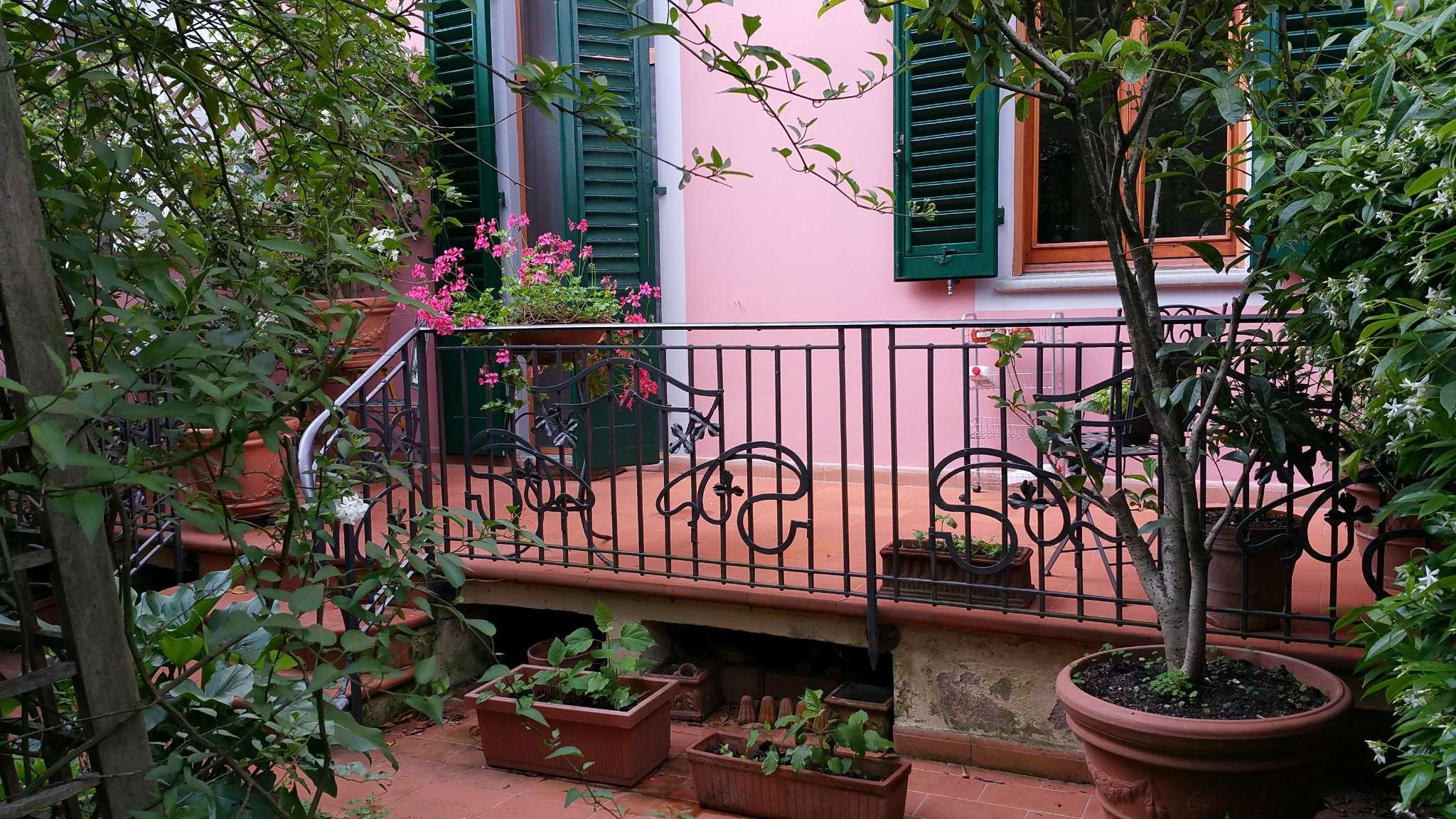 Palazzo / Stabile in vendita a Firenze, 9 locali, zona Zona: 18 . Settignano, Coverciano, prezzo € 790.000 | CambioCasa.it