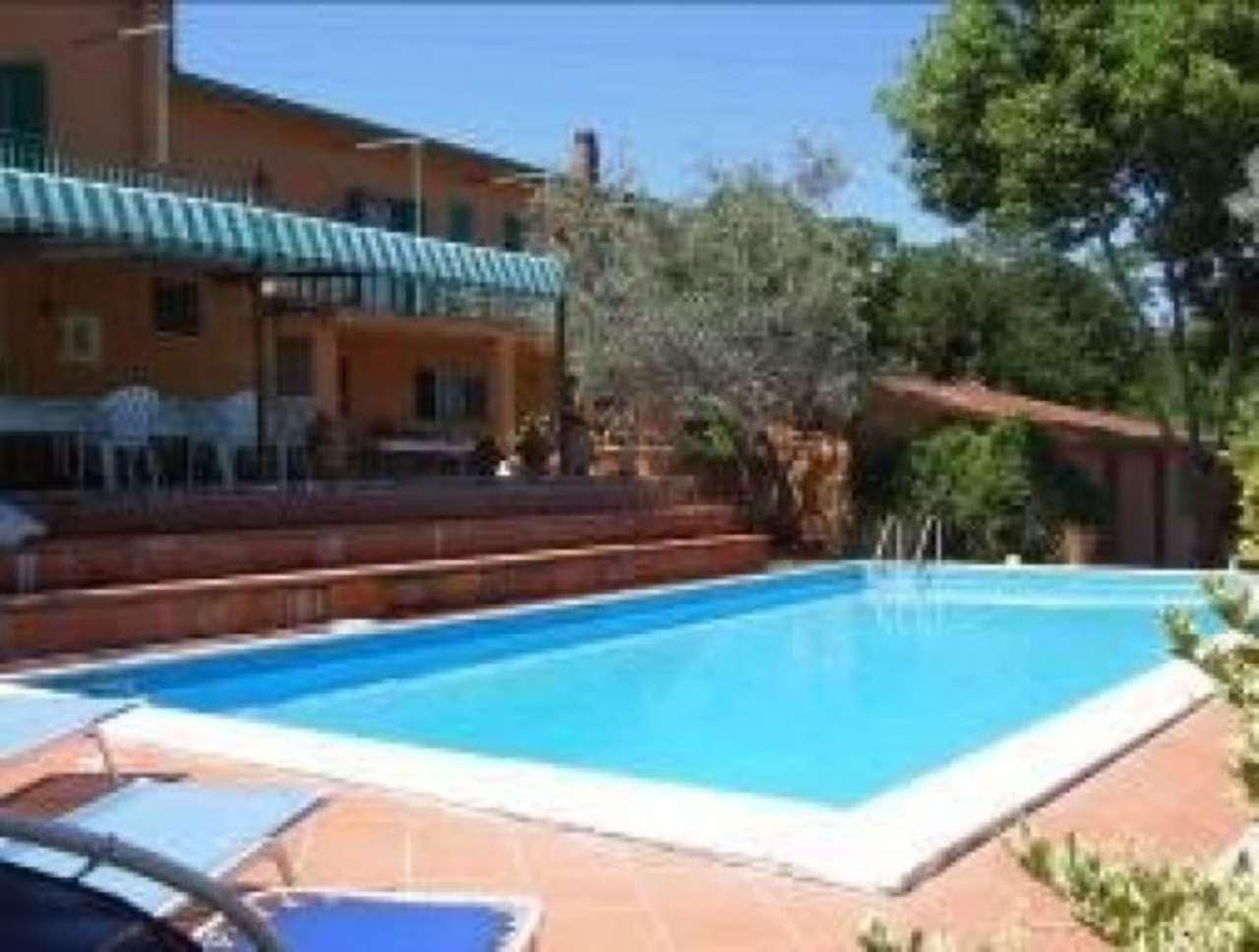 Villa in vendita a Poggio Catino, 6 locali, prezzo € 185.000 | Cambio Casa.it