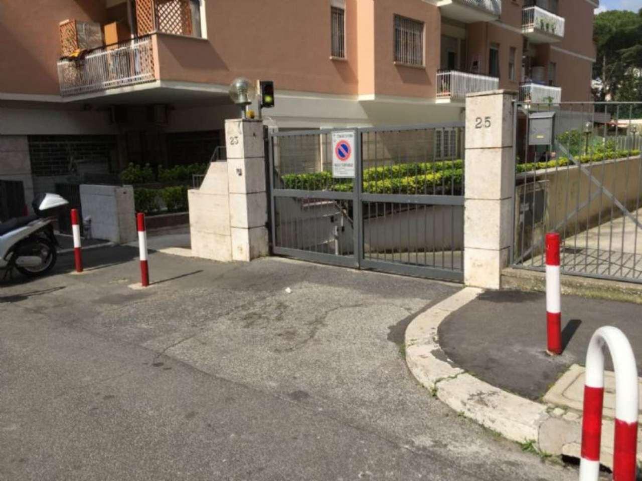 Box / Garage in affitto a Roma, 1 locali, zona Zona: 27 . Aurelio - Boccea, prezzo € 250 | Cambio Casa.it