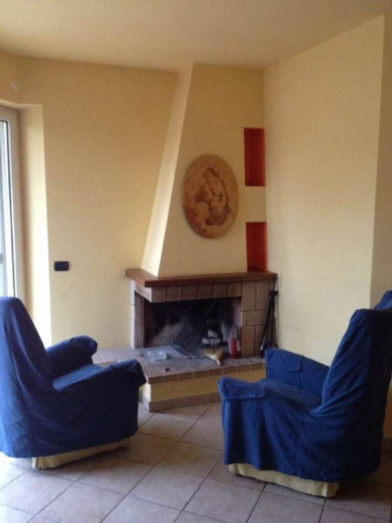 Villa in affitto a Fonte Nuova, 2 locali, prezzo € 600 | Cambio Casa.it