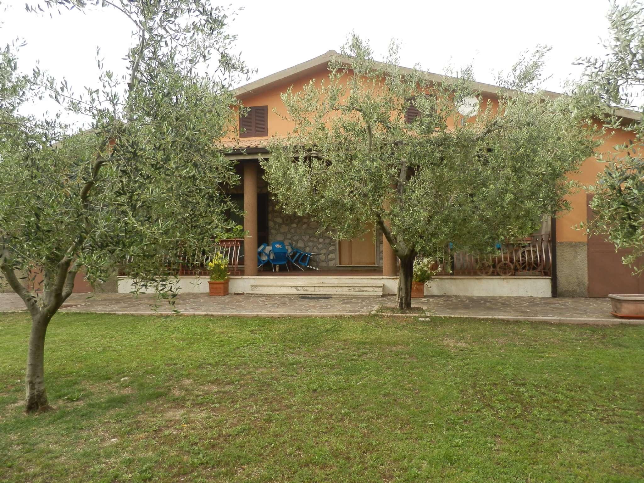 Villa in vendita a Poggio Moiano, 9999 locali, prezzo € 340.000 | CambioCasa.it