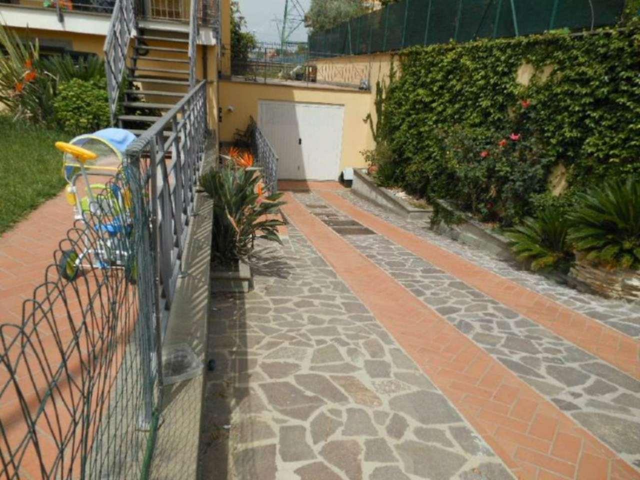 Roma Vendita VILLA A SCHIERA Immagine 2