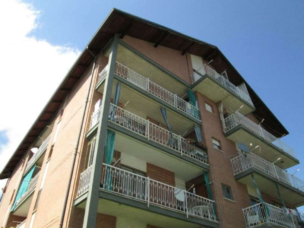 Appartamento in vendita a Corio, 2 locali, prezzo € 35.000   Cambio Casa.it