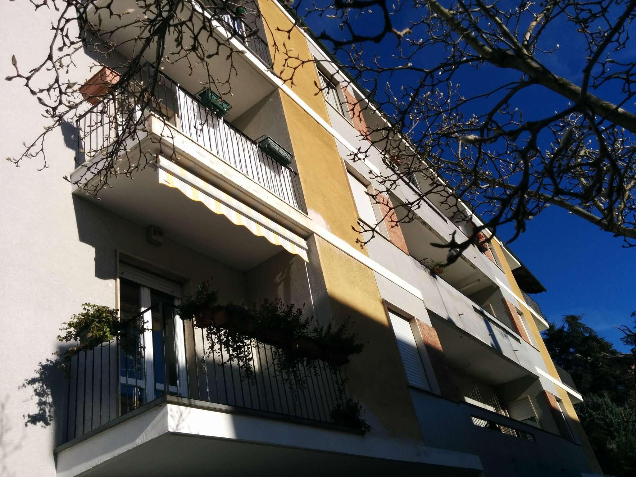 Appartamento in vendita a Pino Torinese, 5 locali, prezzo € 180.000 | Cambio Casa.it