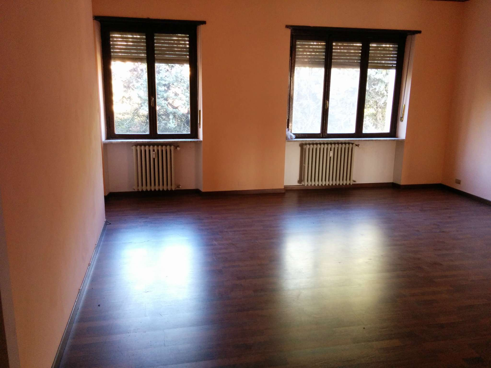 Appartamento in vendita a Pino Torinese, 5 locali, prezzo € 155.000 | Cambio Casa.it