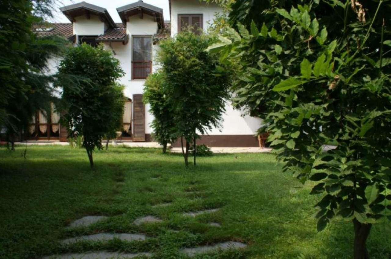 Villa in vendita a Vigone, 5 locali, prezzo € 250.000 | Cambio Casa.it