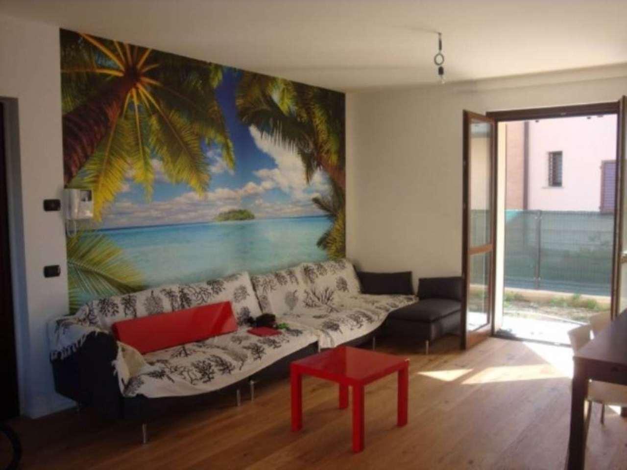 Villa in vendita a Inverigo, 4 locali, prezzo € 345.000 | Cambio Casa.it