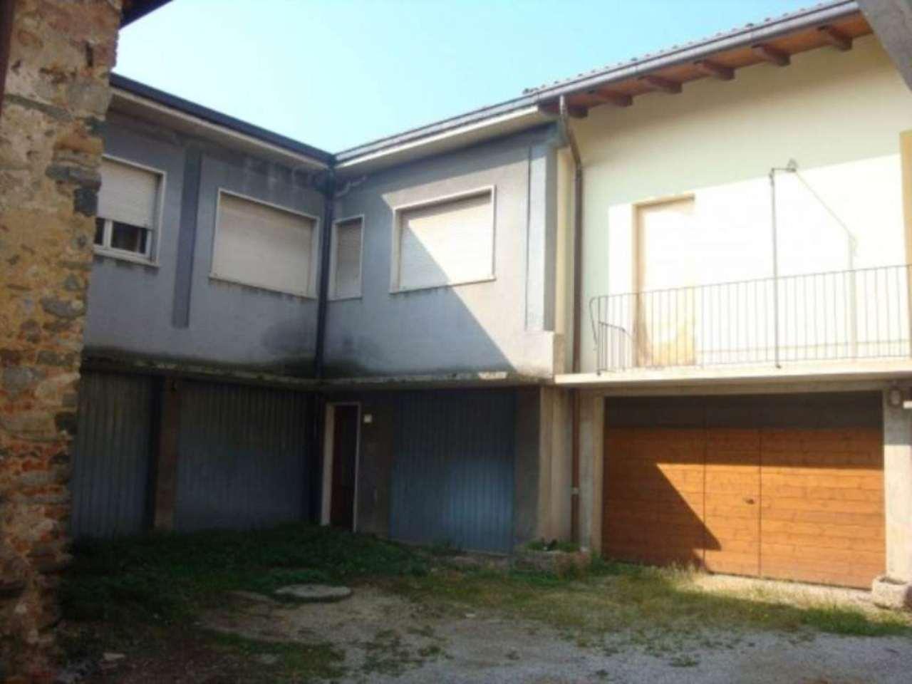 Rustico / Casale in vendita a Arosio, 5 locali, prezzo € 70.000 | Cambio Casa.it