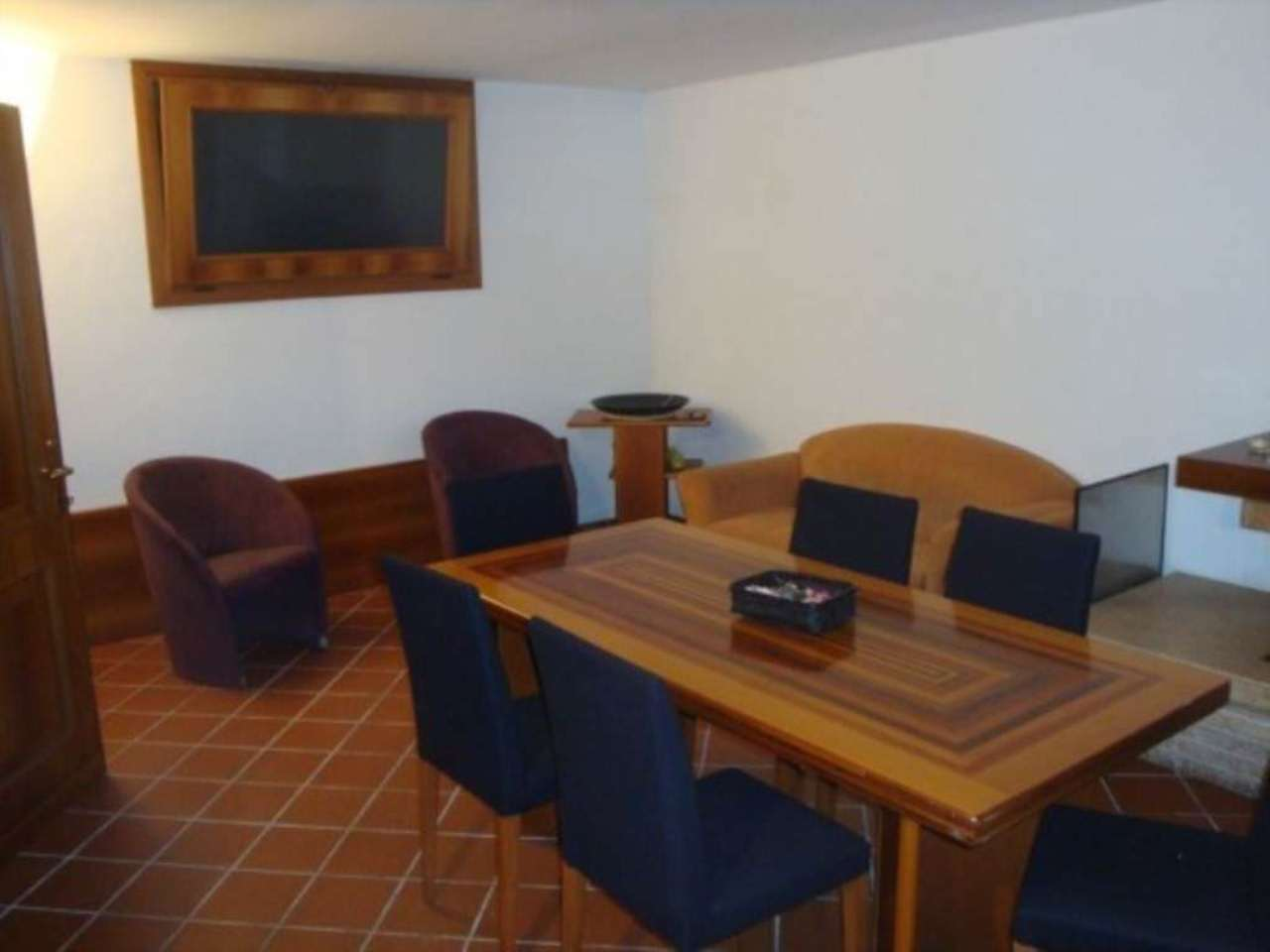 Villa in vendita a Carugo, 6 locali, prezzo € 590.000 | Cambio Casa.it