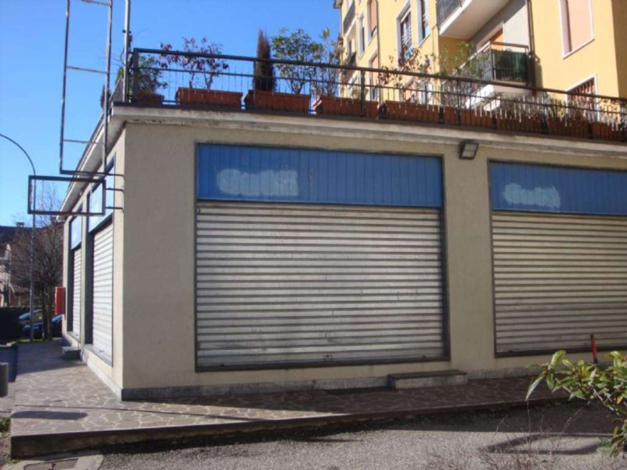 Negozio / Locale in affitto a Giussano, 1 locali, prezzo € 1.750 | Cambio Casa.it
