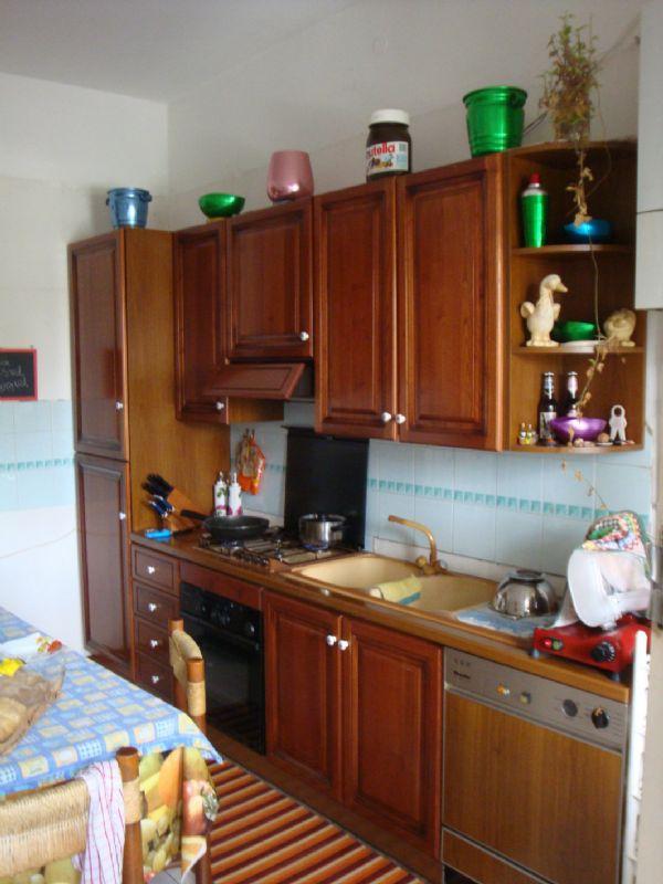 Appartamento in affitto a Giussano, 2 locali, prezzo € 400   Cambio Casa.it