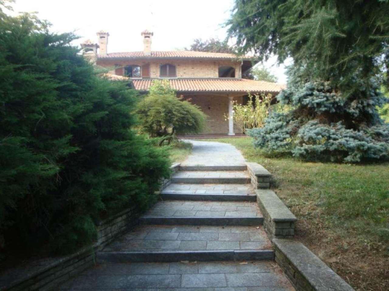 Villa in affitto a Brenna, 9999 locali, prezzo € 2.500 | CambioCasa.it