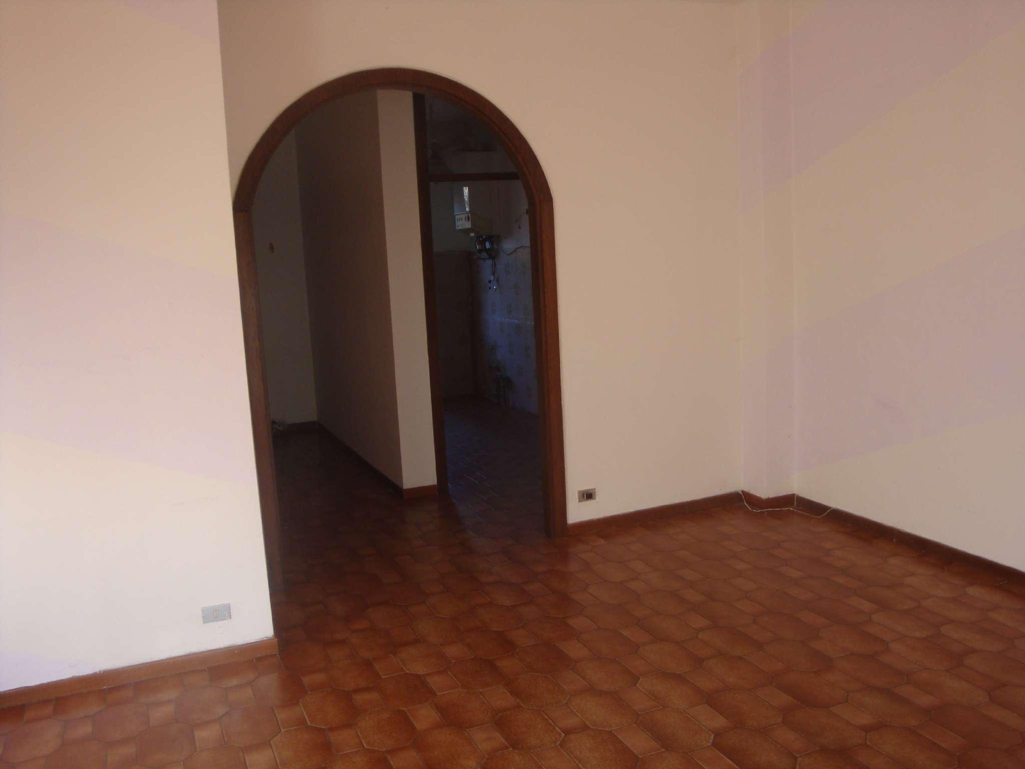 Appartamento in affitto a Giussano, 3 locali, prezzo € 530 | Cambio Casa.it