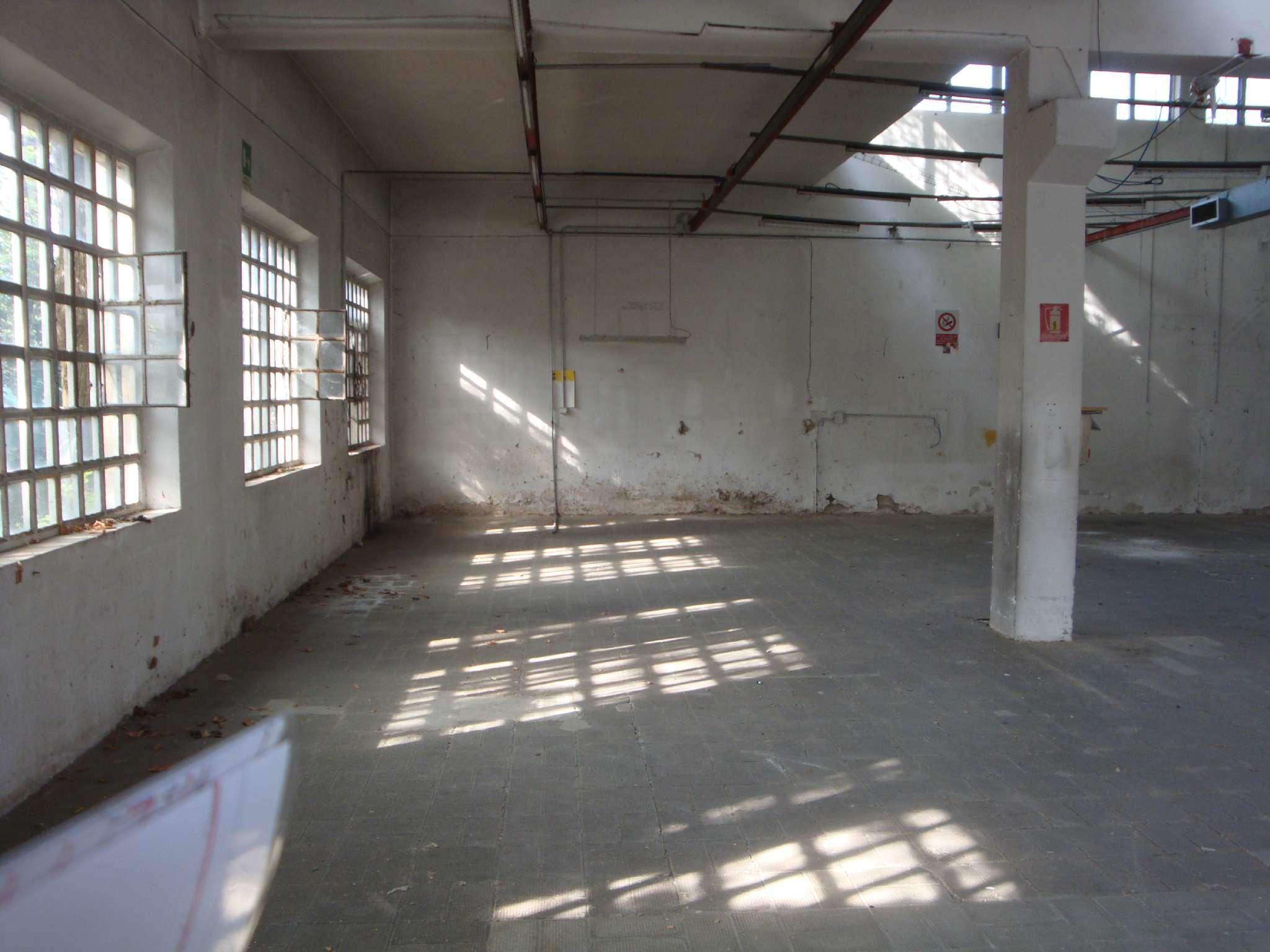 Capannone in affitto a Seregno, 9999 locali, prezzo € 45 | CambioCasa.it