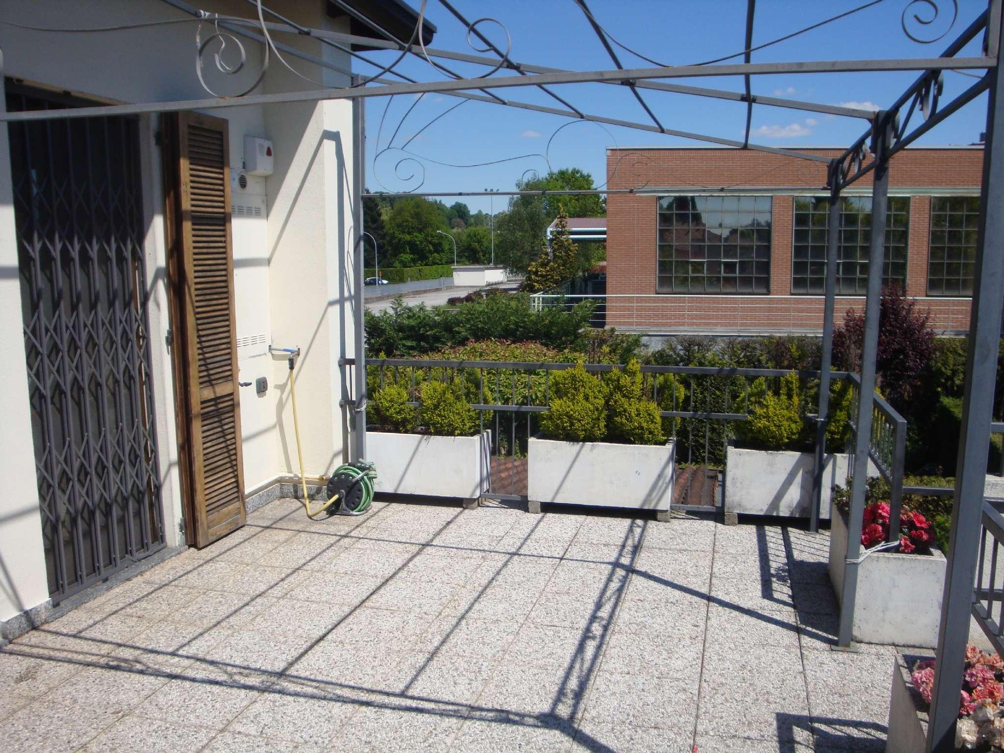 Appartamento in vendita a Arosio, 3 locali, prezzo € 169.000 | CambioCasa.it