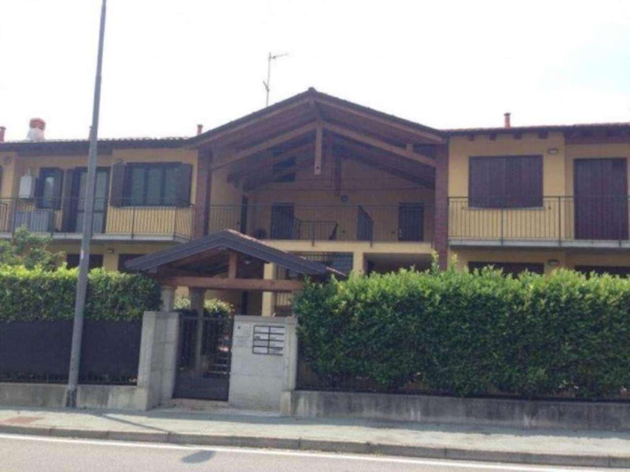 Appartamento in vendita a Galliate Lombardo, 2 locali, prezzo € 124.000 | Cambio Casa.it