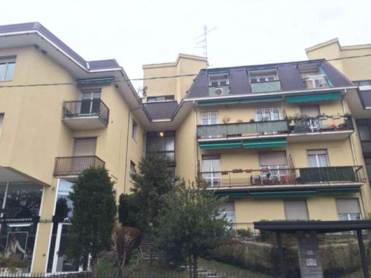 Appartamento in vendita a Castronno, 2 locali, prezzo € 59.000 | Cambio Casa.it