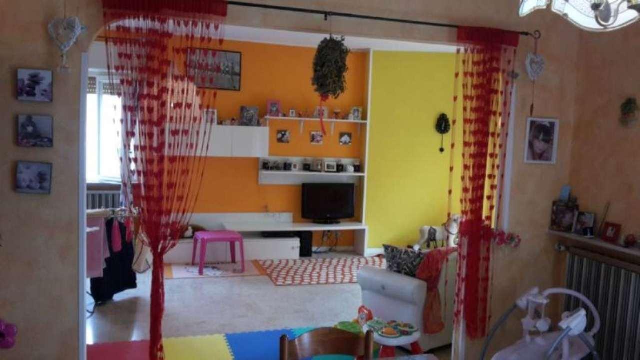 Appartamento in vendita a Venegono Superiore, 4 locali, prezzo € 247.000 | Cambio Casa.it