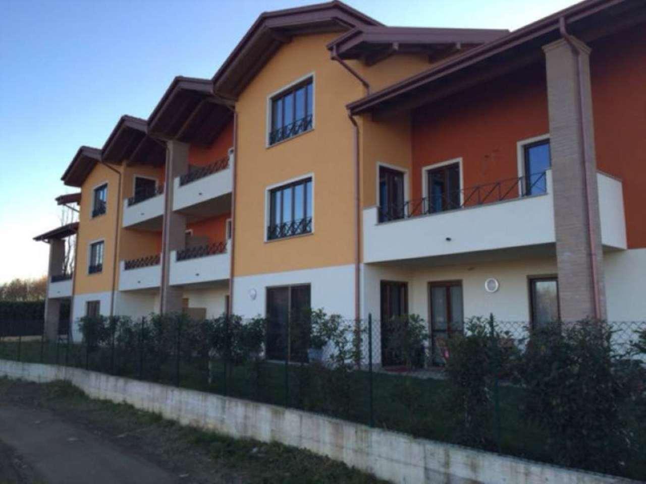 Appartamento in Vendita a Buguggiate