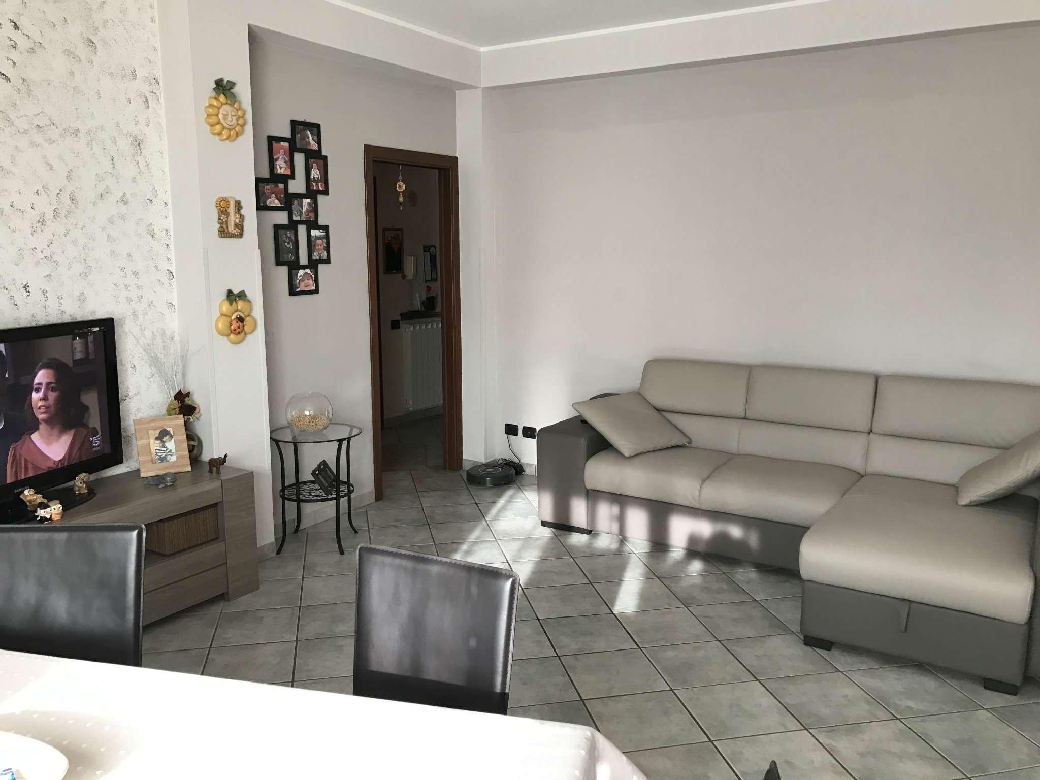 Appartamento in Vendita a Gazzada Schianno