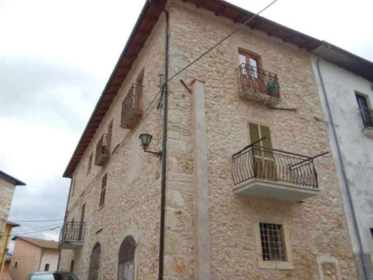 Appartamento in vendita a Borgorose, 3 locali, prezzo € 49.000 | Cambio Casa.it