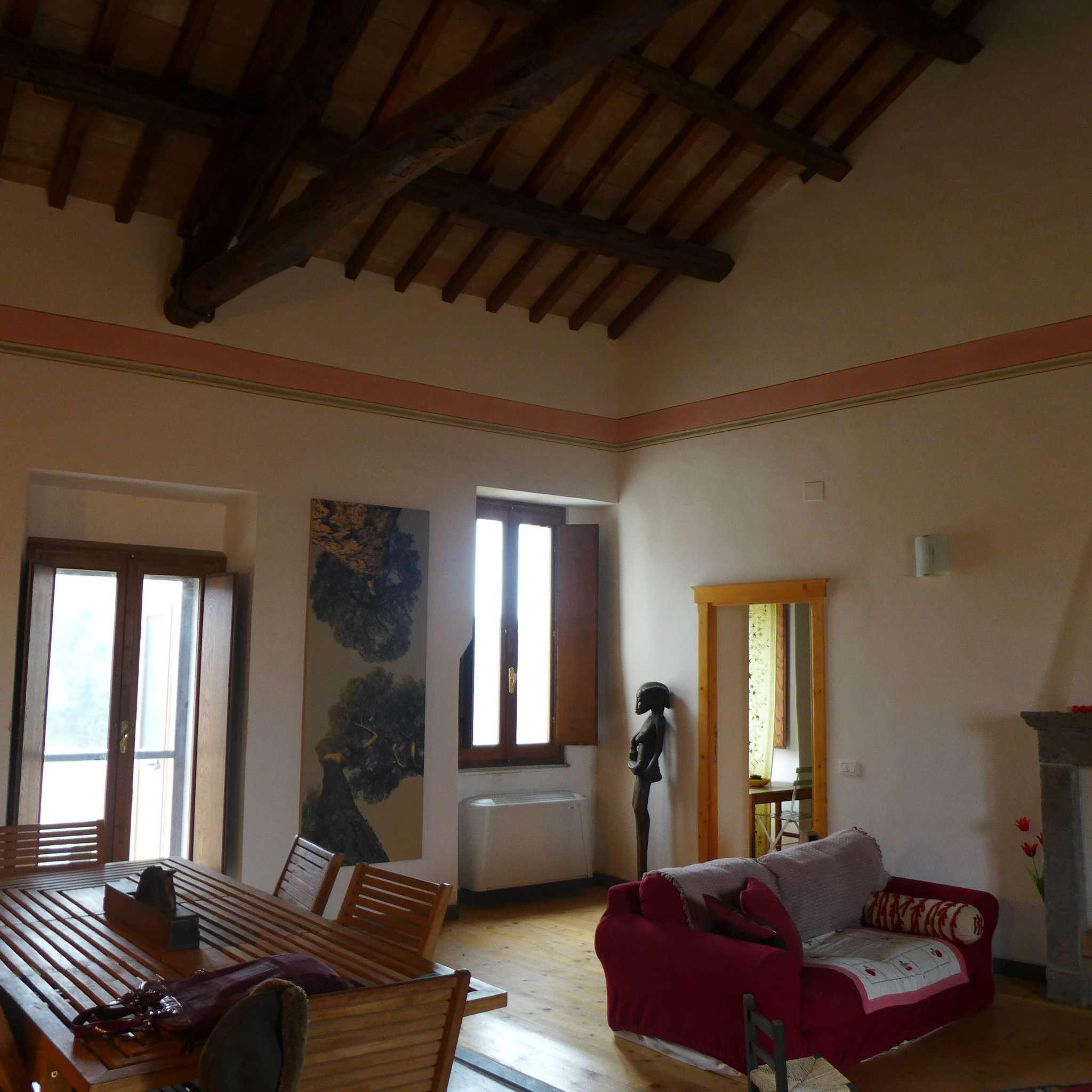 Appartamento in vendita a Cellere, 5 locali, prezzo € 149.000 | CambioCasa.it