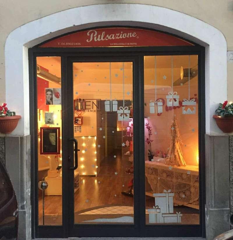 Negozio / Locale in Vendita a Genzano di Roma