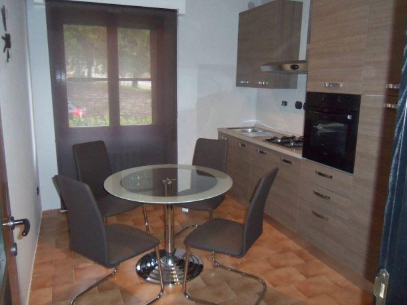 Appartamento in vendita a Perugia, 4 locali, prezzo € 125.000   CambioCasa.it