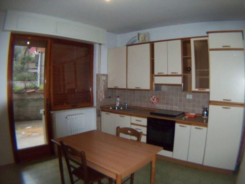 Appartamento in vendita a Perugia, 5 locali, prezzo € 149.000 | CambioCasa.it