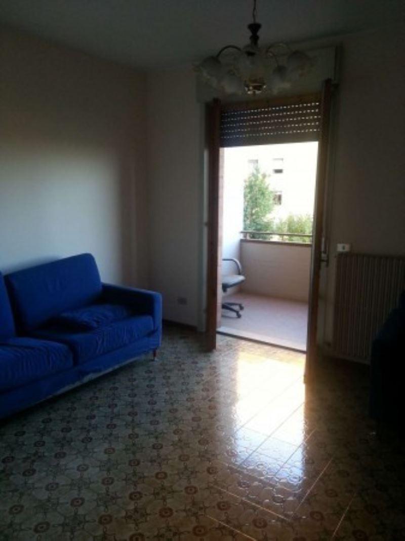 Appartamento in vendita a Perugia, 4 locali, prezzo € 130.000   CambioCasa.it