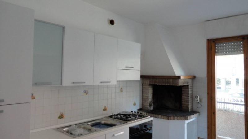 Appartamento in vendita a Perugia, 5 locali, prezzo € 175.000   CambioCasa.it
