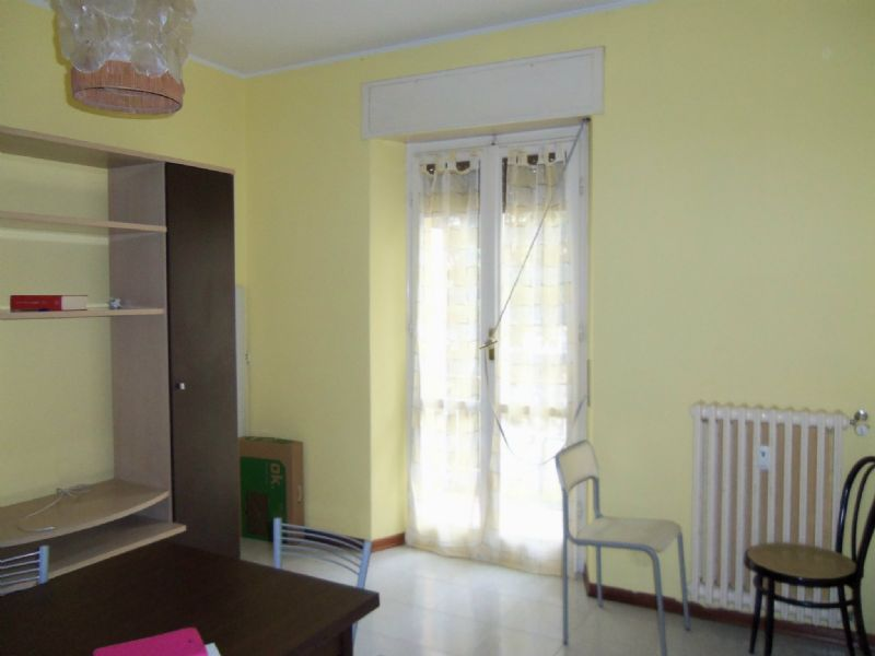 Appartamento in vendita a Perugia, 5 locali, prezzo € 95.000   CambioCasa.it