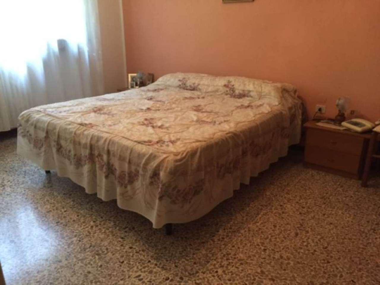 Bilocale Piacenza Via Dante Alighieri 9