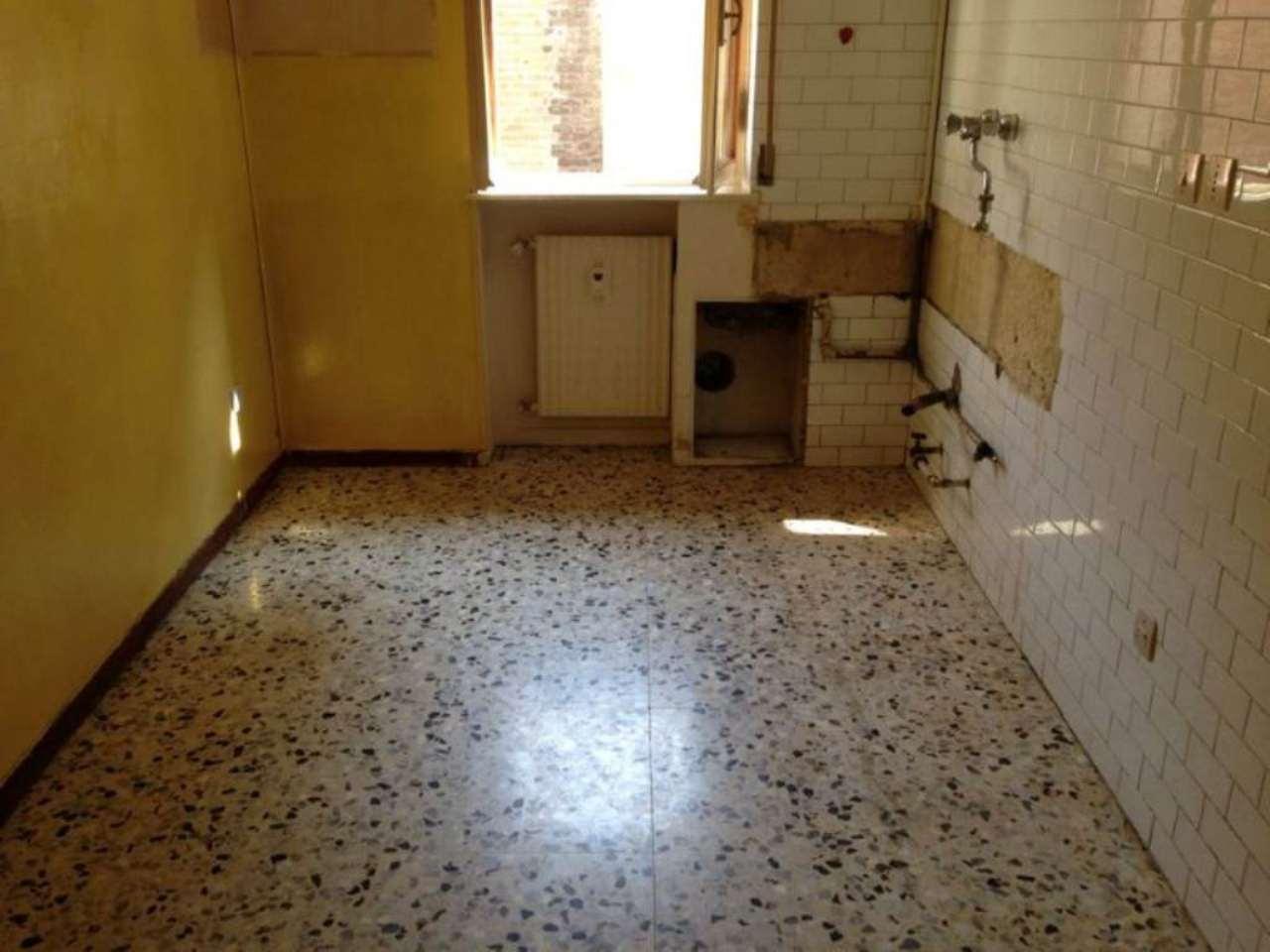 Bilocale Piacenza Via Somaglia 5
