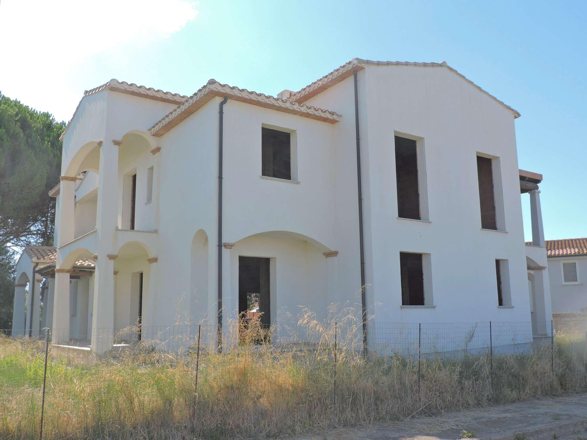 Palazzo / Stabile in vendita a Tortolì, 20 locali, prezzo € 400.000 | CambioCasa.it