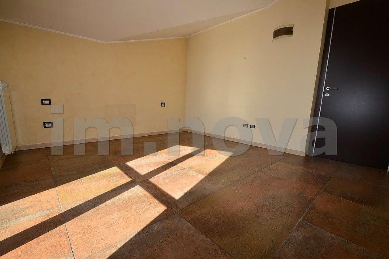 Attico / Mansarda in vendita a Seveso, 3 locali, prezzo € 200.000 | CambioCasa.it