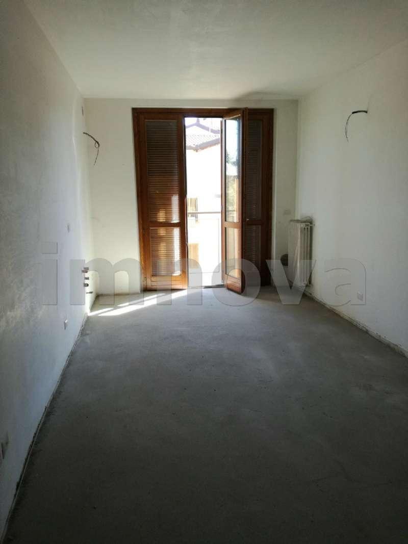 Appartamento in affitto a Seveso, 2 locali, prezzo € 500 | Cambio Casa.it