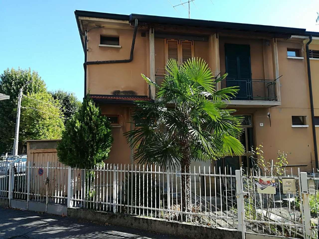 Soluzione Indipendente in vendita a Seveso, 3 locali, prezzo € 150.000 | CambioCasa.it