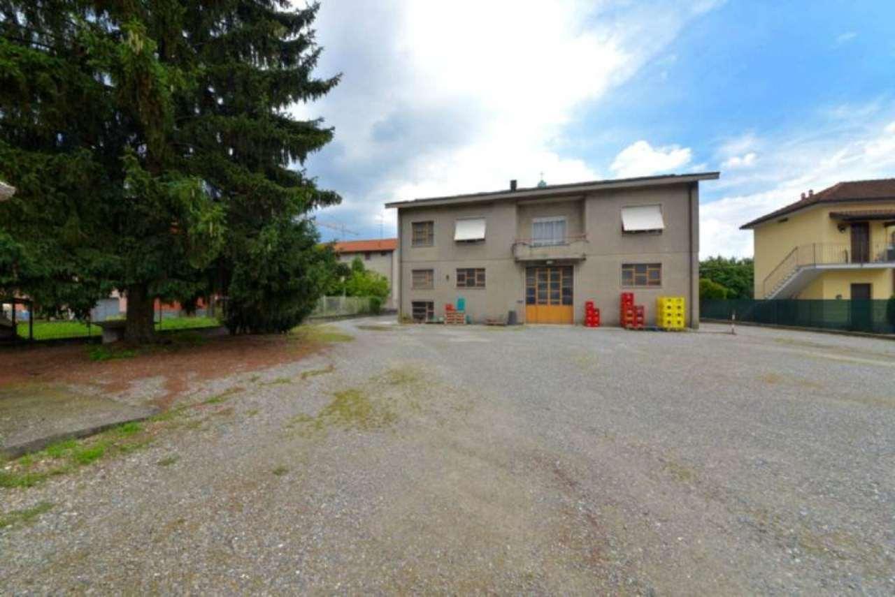 Magazzino in vendita a Lentate sul Seveso, 4 locali, prezzo € 230.000 | CambioCasa.it