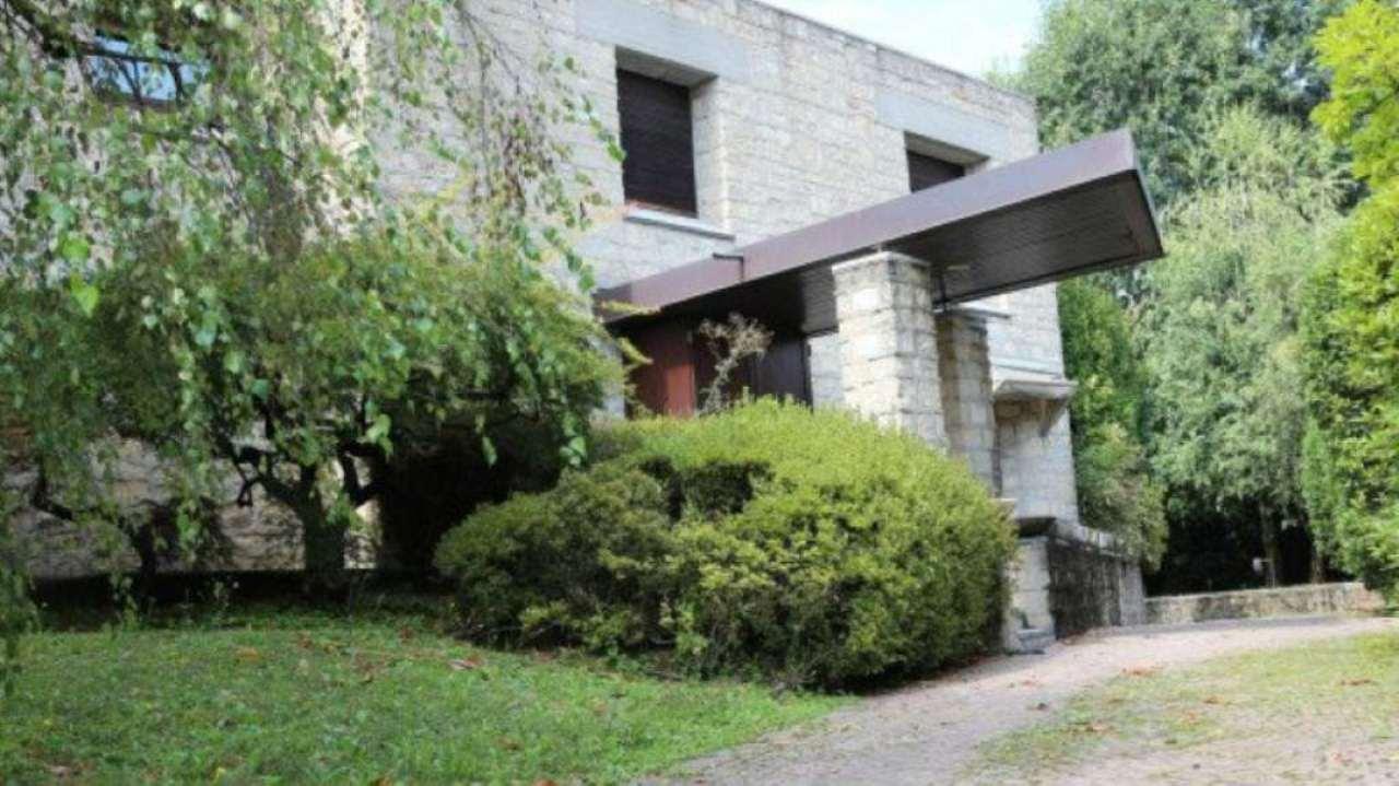 Villa in vendita a Bernareggio, 5 locali, prezzo € 990.000 | Cambio Casa.it