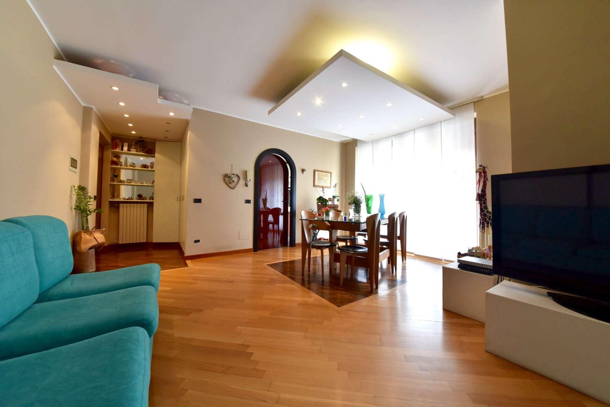 Appartamento in vendita a Lazzate, 3 locali, prezzo € 165.000 | CambioCasa.it