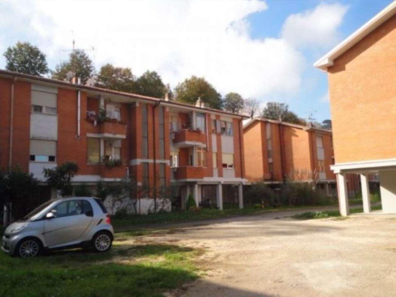 Appartamento in vendita a Monte Compatri, 4 locali, prezzo € 160.000 | Cambio Casa.it