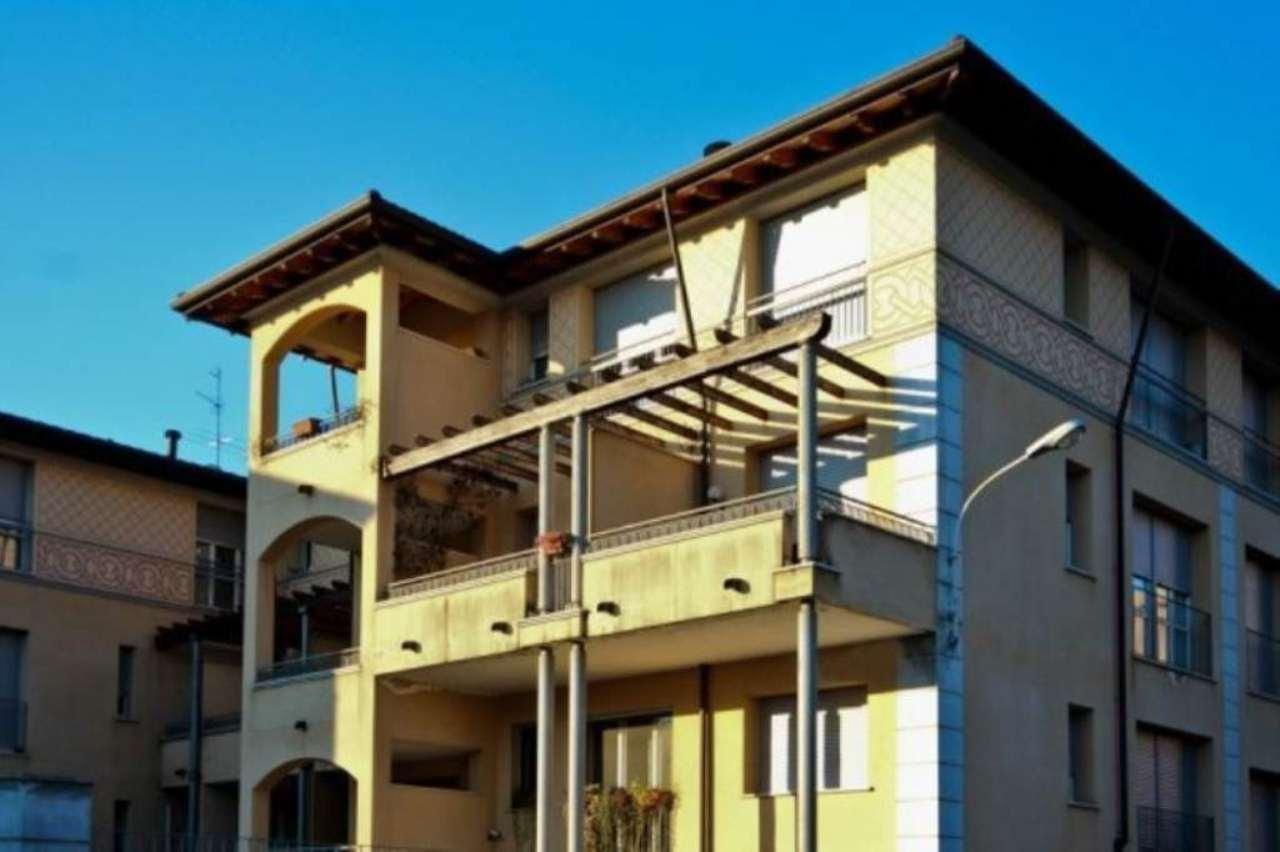 Bilocale Seregno Via Andrea Appiani 10