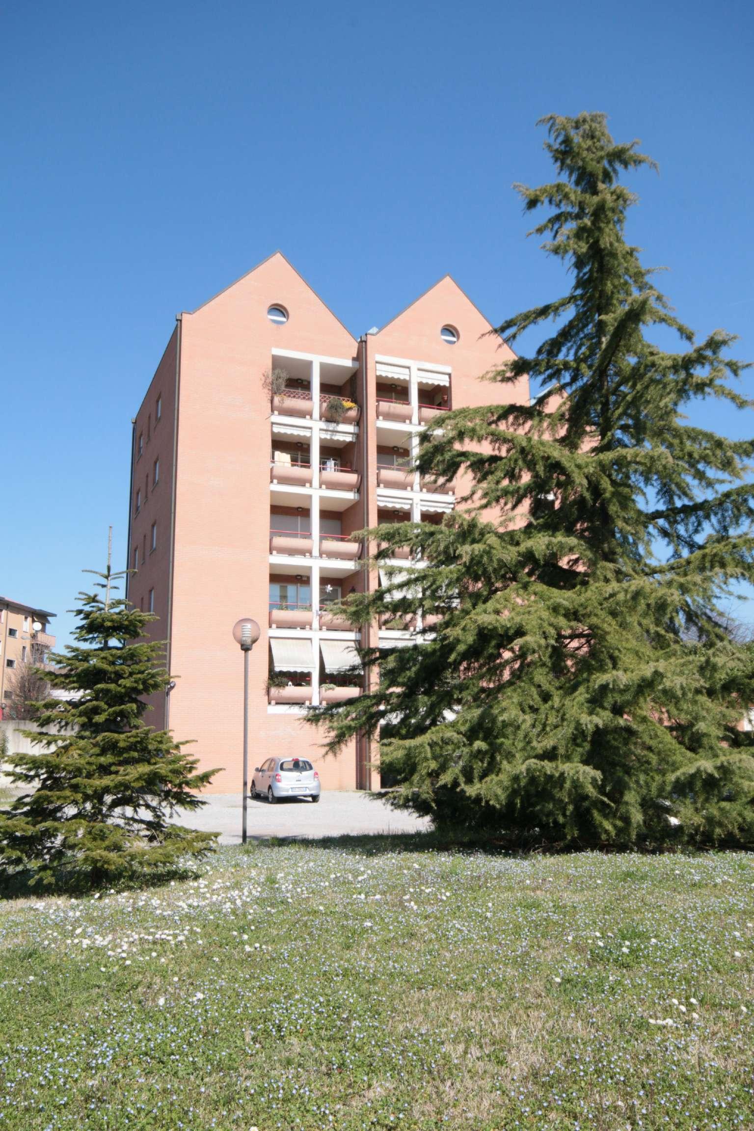 Bilocale Meda Via Milano 2