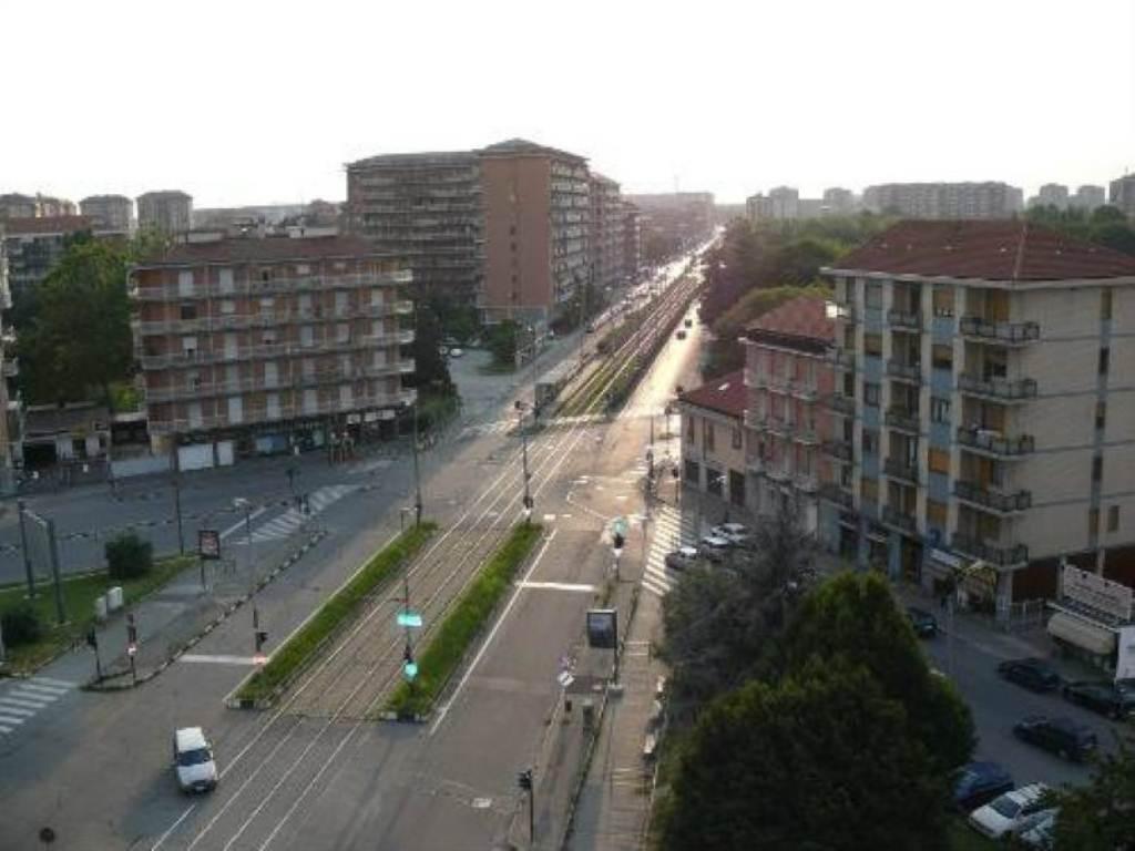 Bilocale Torino Via Venaria 1