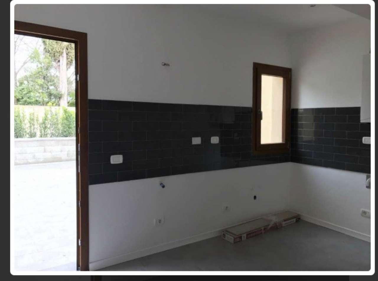 Loft / Openspace in vendita a Firenze, 2 locali, zona Zona: 18 . Settignano, Coverciano, prezzo € 195.000 | CambioCasa.it