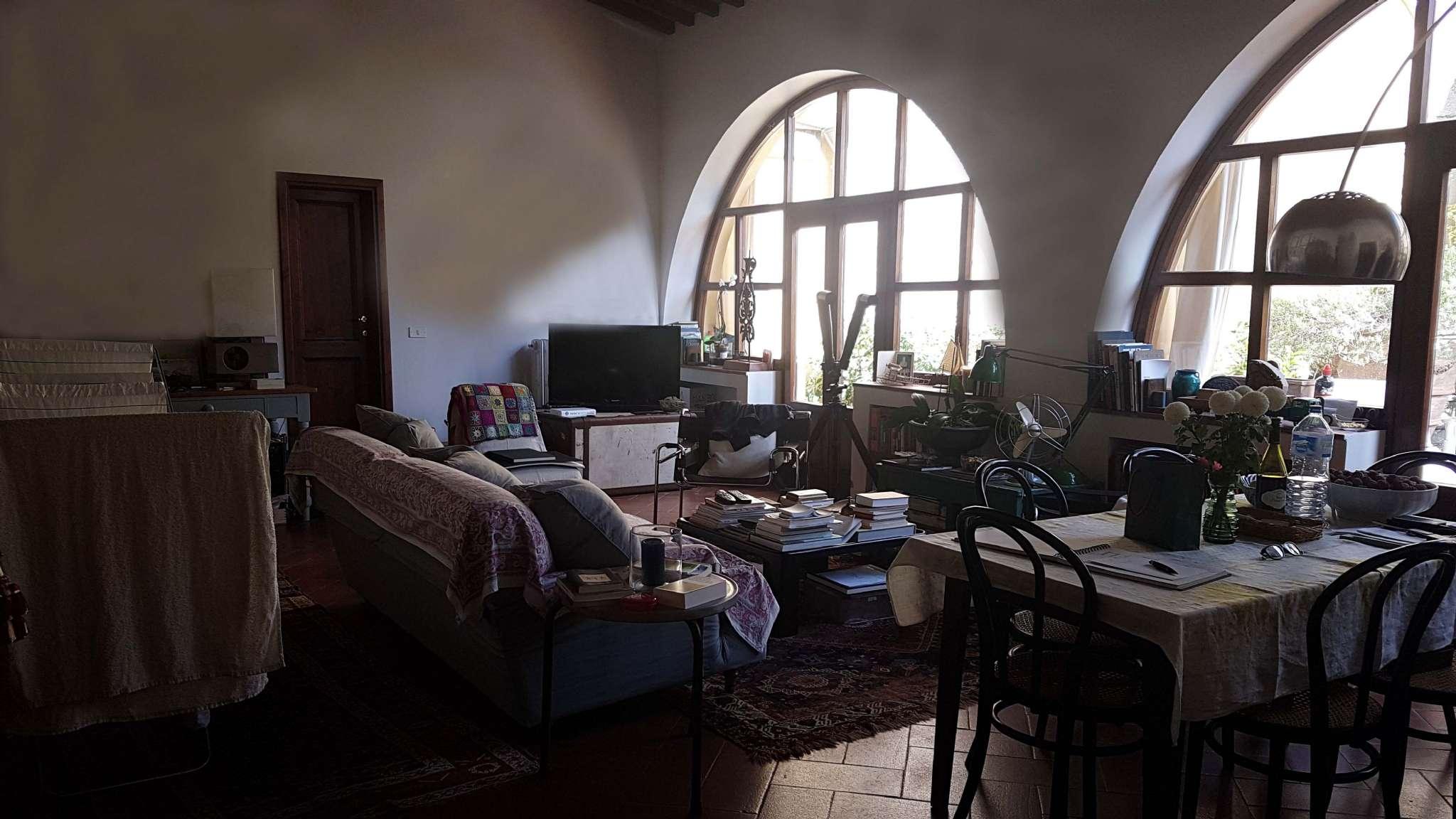 Villa in affitto a Firenze, 3 locali, zona Zona: 19 . Poggio imperiale, Porta Romana, Piazzale Michelangelo, prezzo € 1.300 | CambioCasa.it