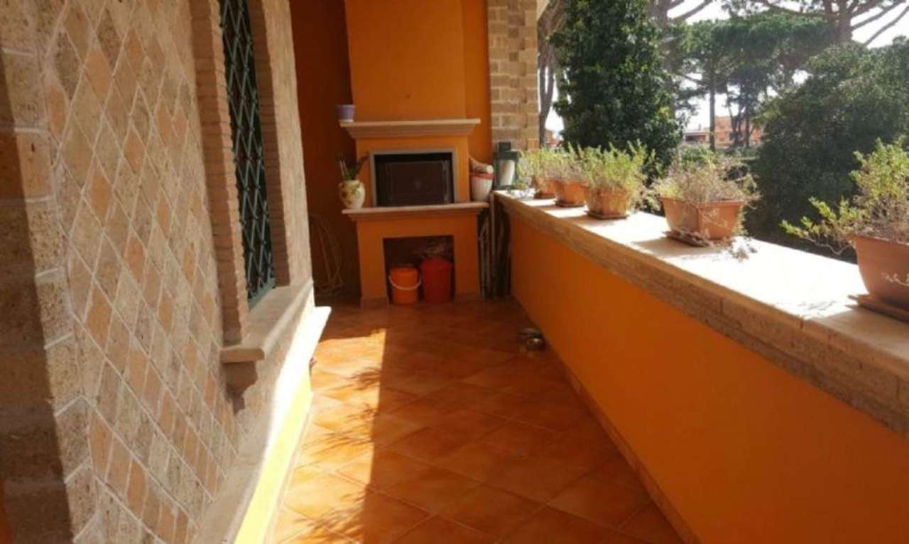 Bilocale Pomezia Via Melfa 4